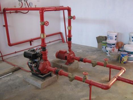 Salah satu bahagian sistem pencegahan kebakaran yang hampir siap